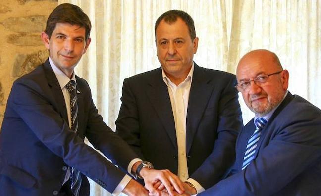 Alavés y Amurrio sellan su pacto de colaboración