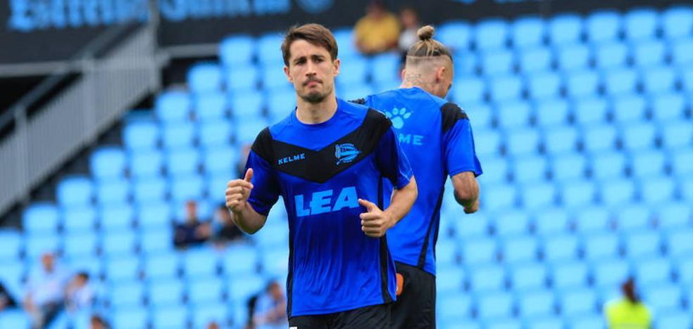 Bojan debuta en la titularidad en una alineación sorpresa con Torres y Enzo