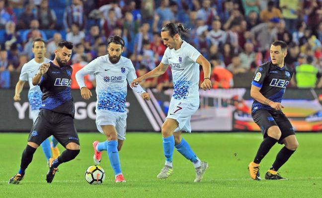 El Alavés repite alineación ante el Real Madrid