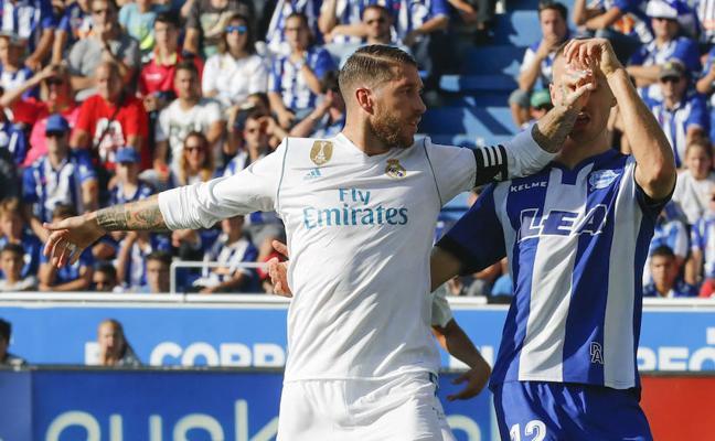 La Liga denuncia cánticos insultantes contra Sergio Ramos en Mendizorroza