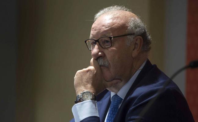 Del Bosque cree que el Alavés «lo tendrá difícil para mantenerse en Primera División»