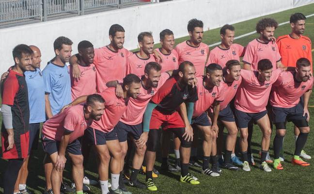 El Formentera prefiere fichar jugadores sin novia para que puedan compartir piso