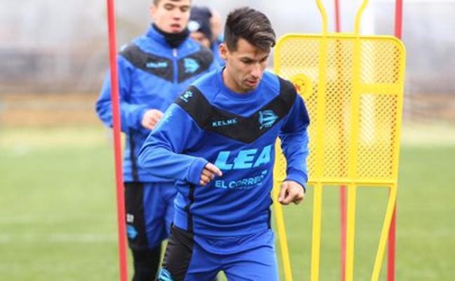 Hernán Pérez: «Mi objetivo es recuperar el nivel y ayudar al Alavés»