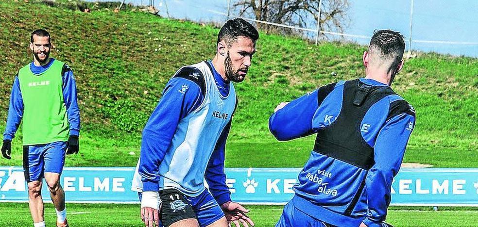 Las pruebas médicas descartan una lesión de Pedraza, que ayer entrenó con el grupo