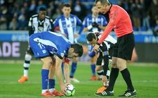 Manu García vuelve a fallar desde el punto de penalti