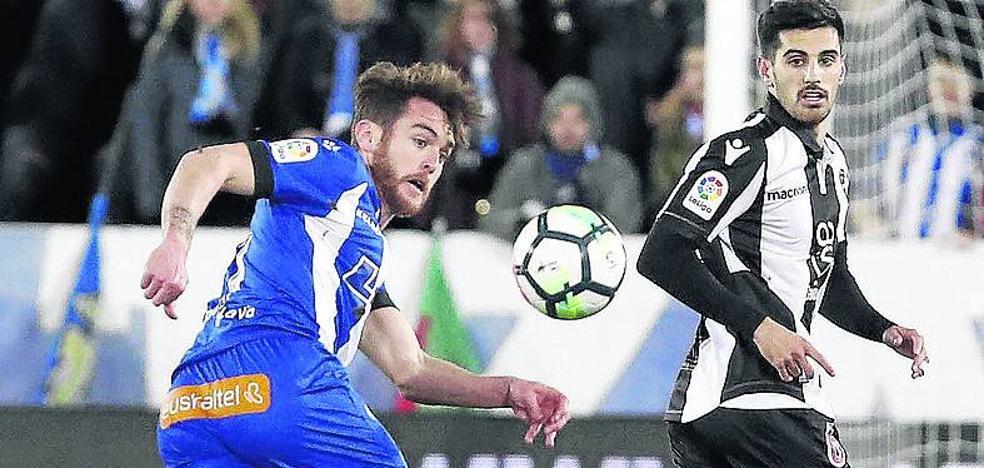 El Alavés vuelve a los entrenamientos con las ausencias de Pina e Ibai