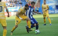 El Alavés cae ante el Girona en un partido polémico
