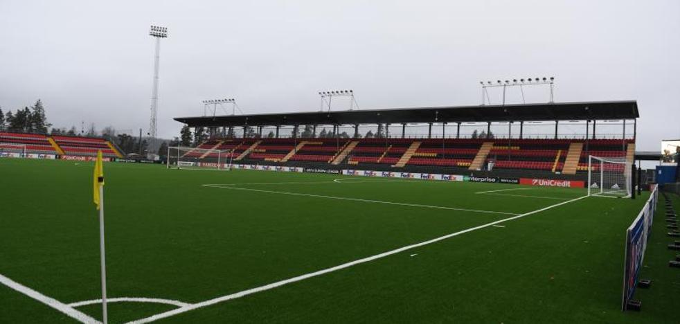 Hierba artificial y frío en el estadio que espera al Athletic