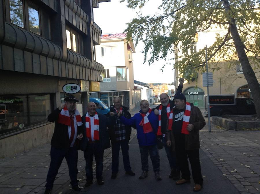 La afición del Athletic disfruta de Östersund
