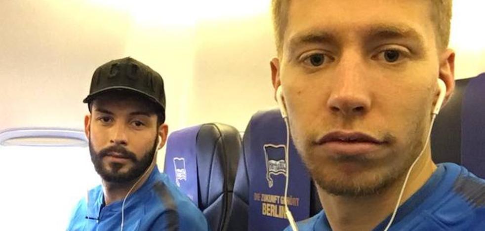 Una avería en el avión retrasa varias horas la llegada del Hertha a Bilbao