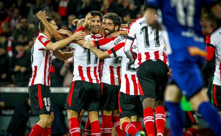 Las mejores imágenes del derbi vasco entre Athletic y Alavés