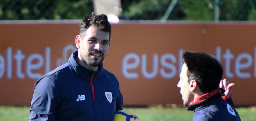 Herrerín: «Mi renovación es porque estoy jugando bien, no por Kepa»