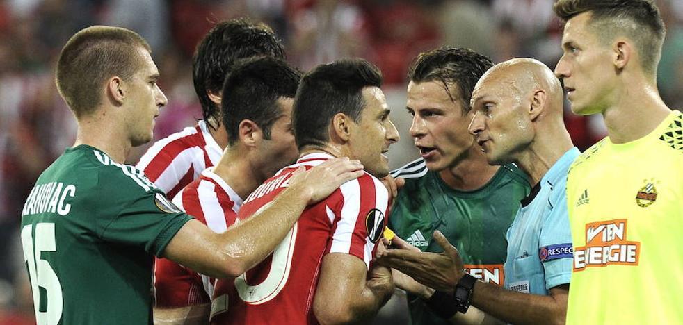 El árbitro de la patada al jugador del Nantes también la lió en San Mamés