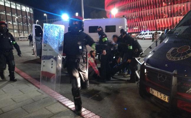 Cargas policiales en 'La Catedral'