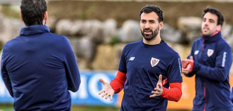 Balenziaga vuelve a una convocatoria tras más de dos meses lesionado