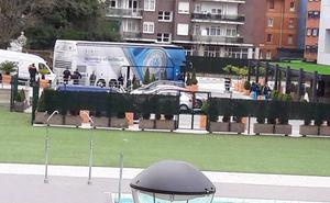 El autobús del Olympique de Marsella, en el hotel de Begoña