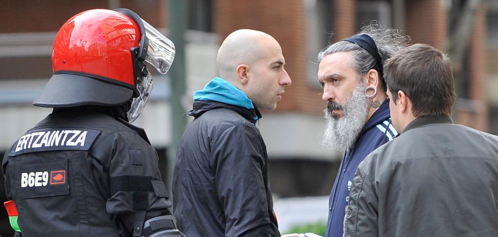 Santos Mirasierra, ultra del OM condenado por agredir a un policía, estuvo en Bilbao