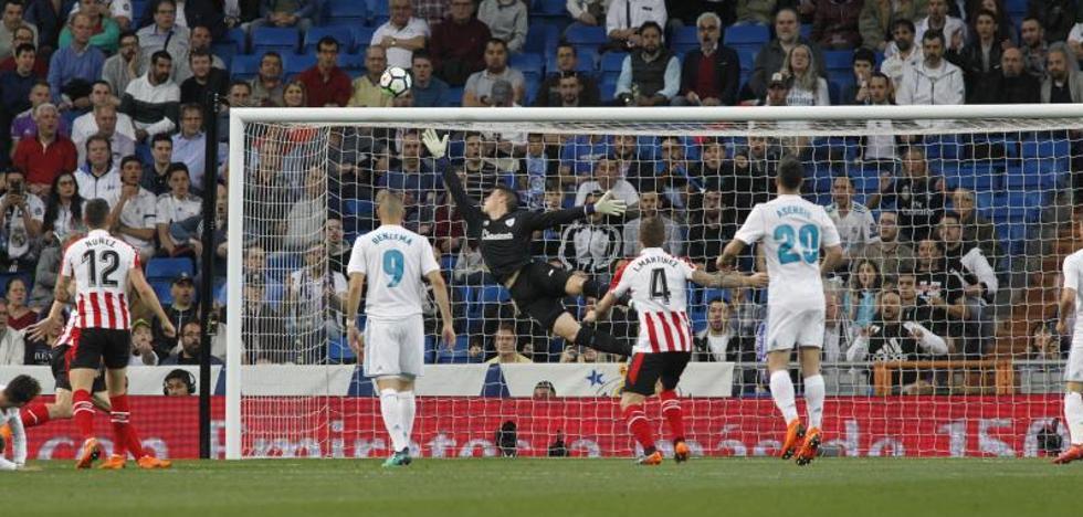 Kepa, estelar en su debut en el Bernabéu: seis paradas para reivindicarse