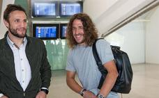 Puyol ya está en Bilbao para recibir el premio 'One Club Man Award' del Athletic
