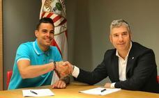 El Athletic inicia con Dani García la reconstrucción del centro del campo