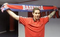 Prigioni confirma que Vildoza jugará en el Baskonia el próximo curso