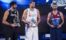 Mumbrú, premio Endesa 2017 por llevar 21 temporadas en la ACB