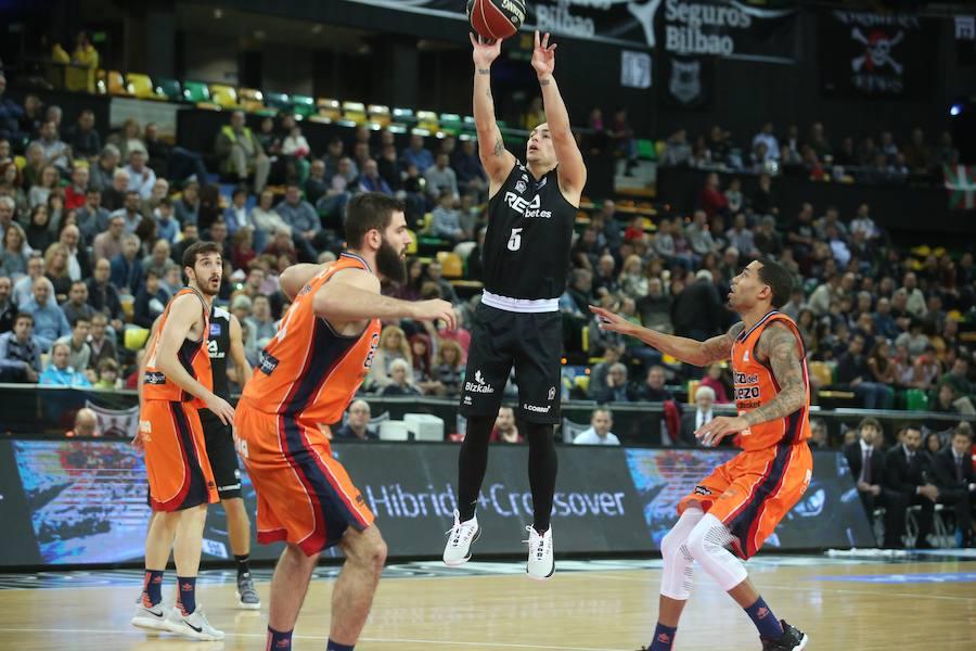 Las mejores imágenes del Bilbao Basket - Valencia Basket