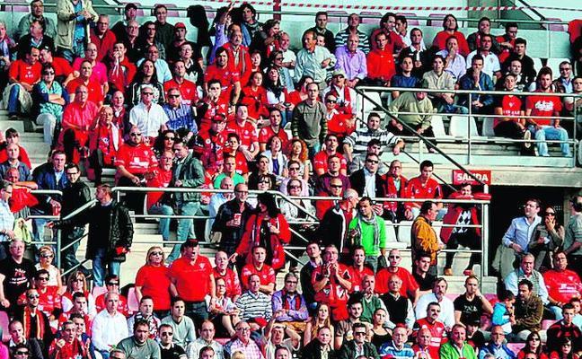 El Mirandés recibe 700 entradas para el partido en Las Gaunas