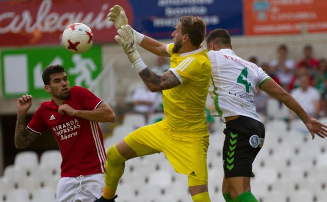El Mirandés lleva 15 jornadas consecutivas en 'play off'