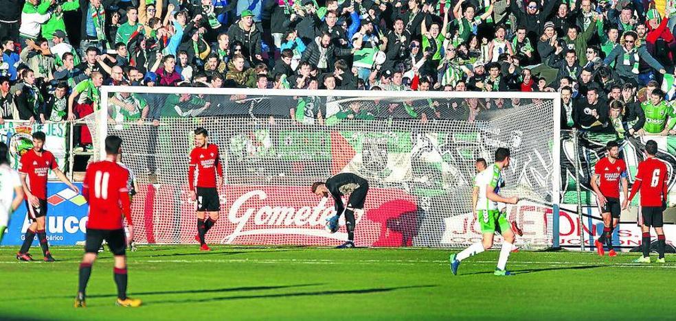 El Mirandés acumula cinco partidos consecutivos recibiendo goles