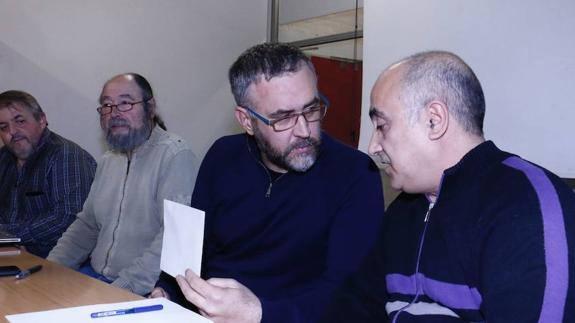 Podemos ratifica la expulsión definitiva de los cuatro junteros alaveses díscolos