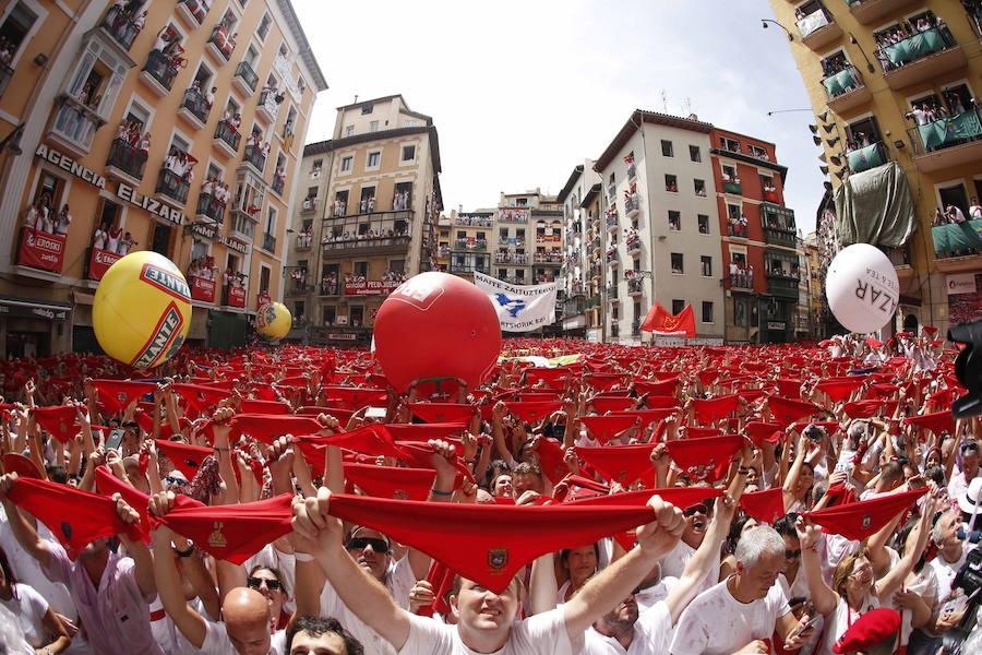 El txupinazo de San Fermín, en imágenes