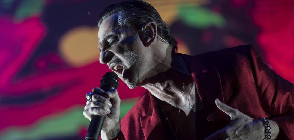 Depeche Mode se rinde al pasado