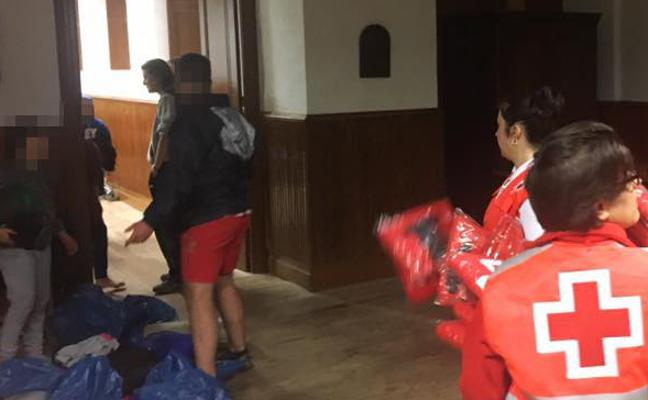 Desalojan a 40 niños de un campamento de verano en Ayala por las tormentas