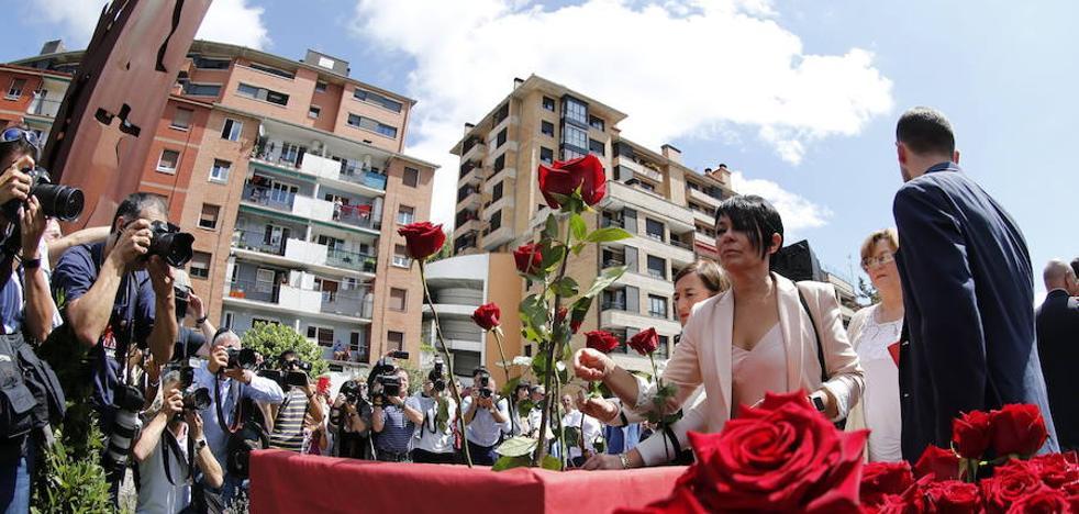 El PP afea la presencia de EH Bildu en el homenaje a Miguel Ángel Blanco en Ermua