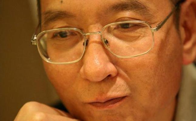La familia del disidente chino Liu rechaza la respiración artificial