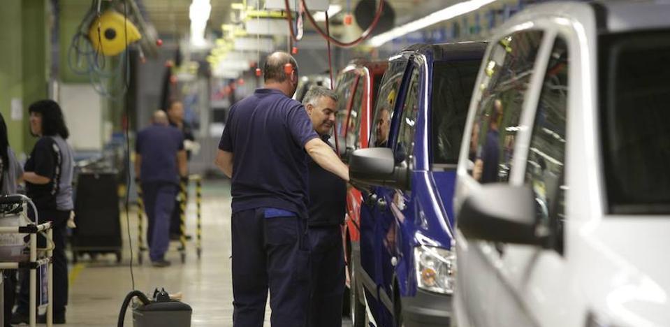 Miles de trabajadores vascos, condenados a depender del salario mínimo por la desaparición de sus convenios