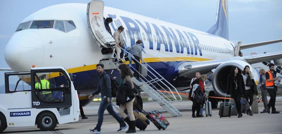 Las 'low cost' transportan casi 21 millones de pasajeros hasta junio, un 10,4% más