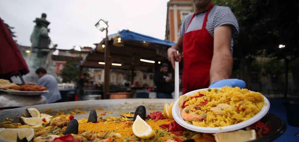 Una fiesta gallega se toma las calles de Portugalete
