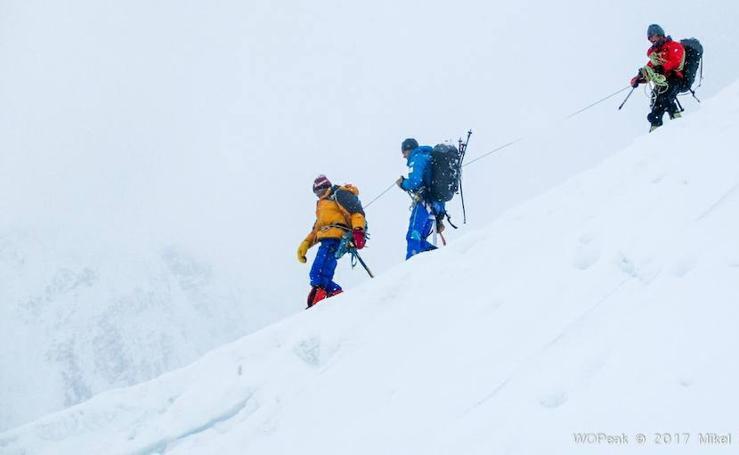 Rescate heroico en el Gasherbrum II