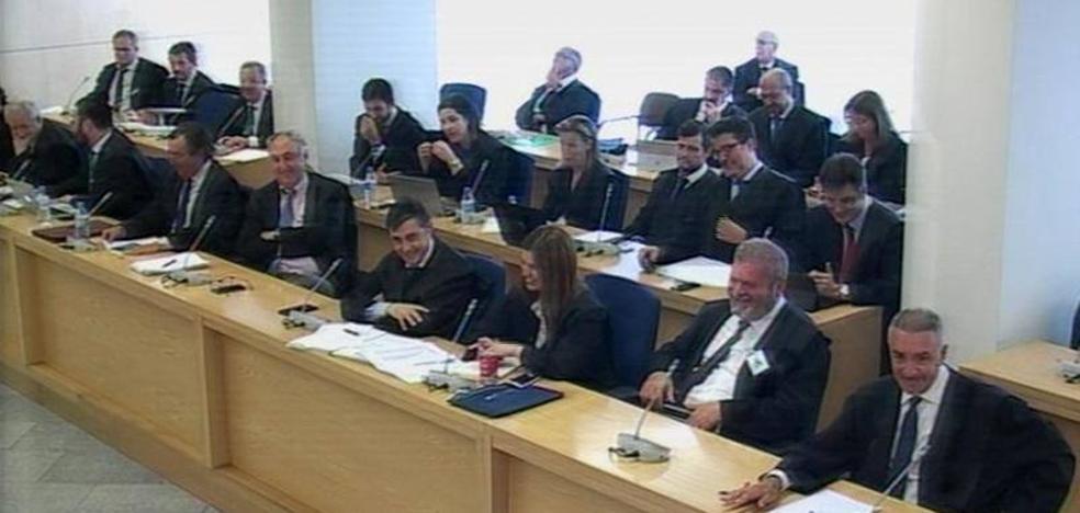 ¿Para qué sirvieron las protestas de los abogados en la comparecencia de Rajoy?