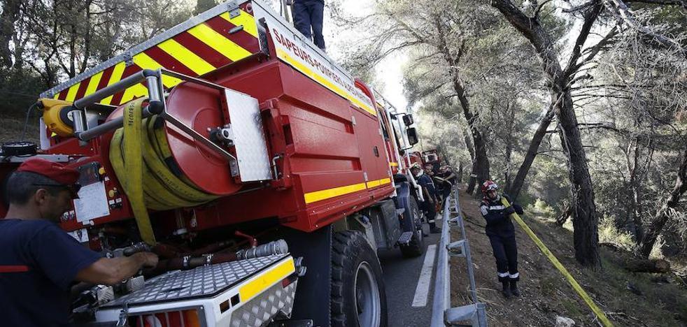 Un incendio obliga a evacuar a 12.000 personas en el sureste de Francia