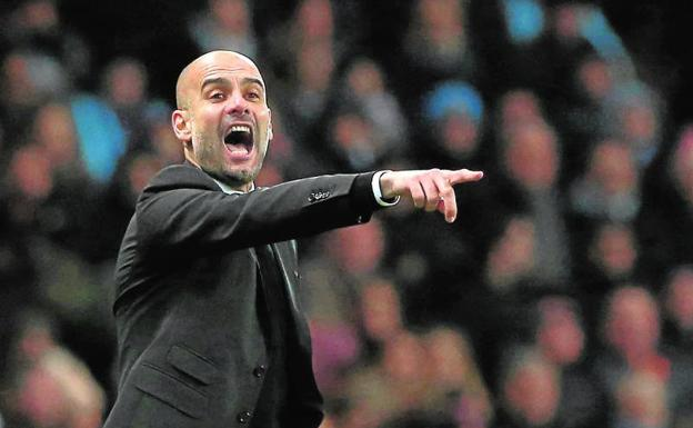 Guardiola, en un partido con el City.