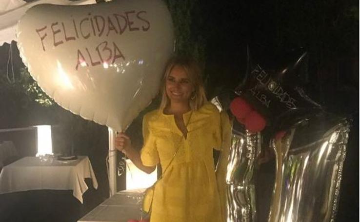 Alba Carrillo celebra con un fiestón su 31 cumpleaños