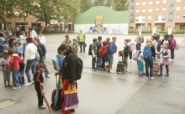 Educación retira la plaza a 32 alumnos por falsear el domicilio para conseguir entrar en un colegio