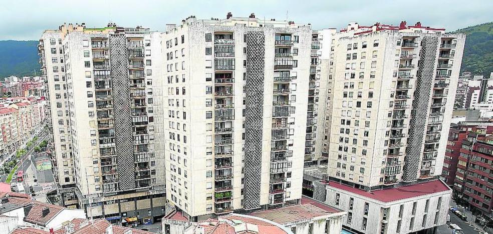 Bilbao revisa sus multas 39 antibotell n 39 el correo for Oficinas santander bilbao