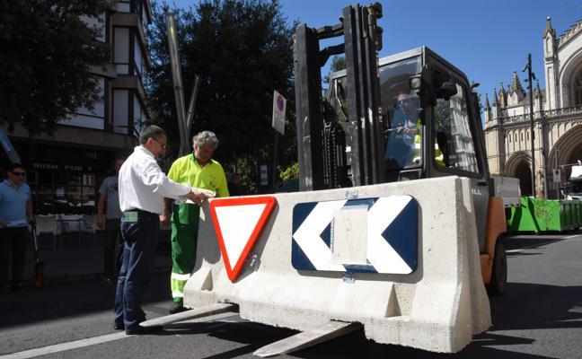 Vitoria se blinda con barreras 'antikamikazes' para el Chupinazo