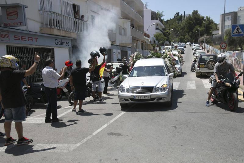 El funeral de Ángel Nieto, en imágenes