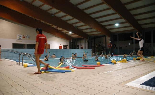 Las piscinas climatizadas marcan plazo para el registro en sus cursos y talleres