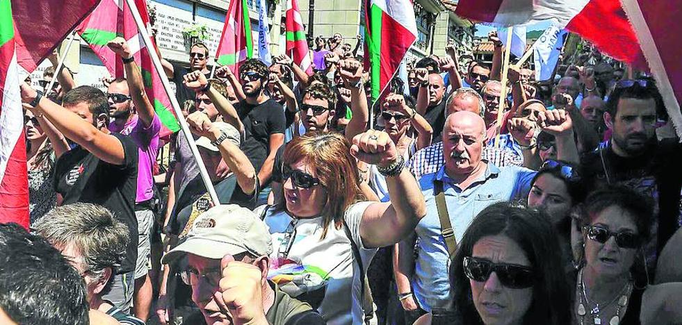 El juez suspende un acto por los presos de ETA previsto para hoy en Gipuzkoa